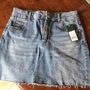 NWT wild fable jean skirt